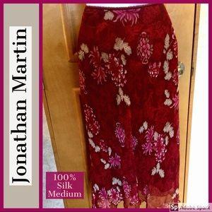 EUC 🌹Silk 🌹 Red Floral Skirt Jonathan Martin Med